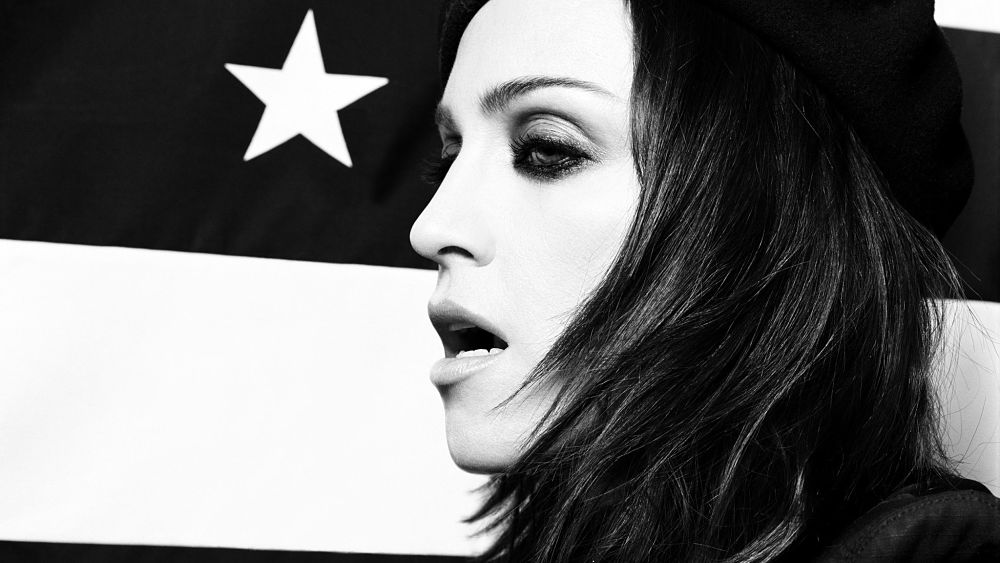 review-of-american-life-madonna-album